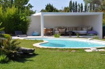 Sp cialiste de la piscine b ton aix en provence for Specialiste piscine